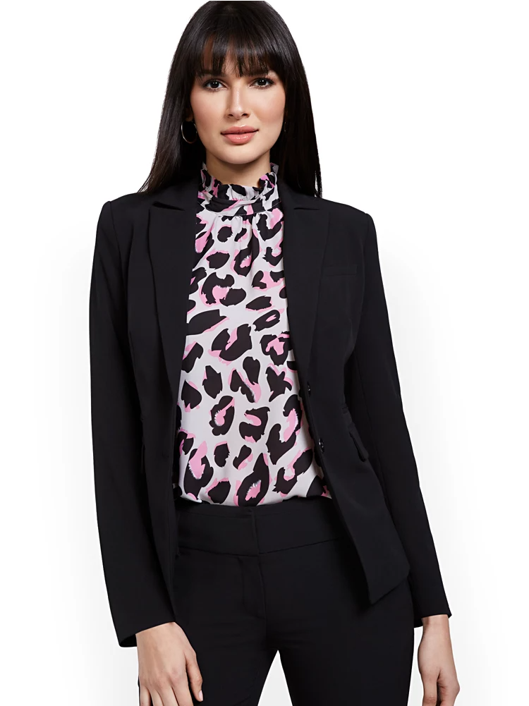 suits for tall women